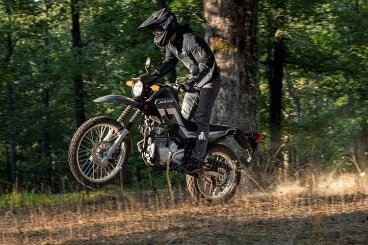 yamaha xt250 wheelie off-road