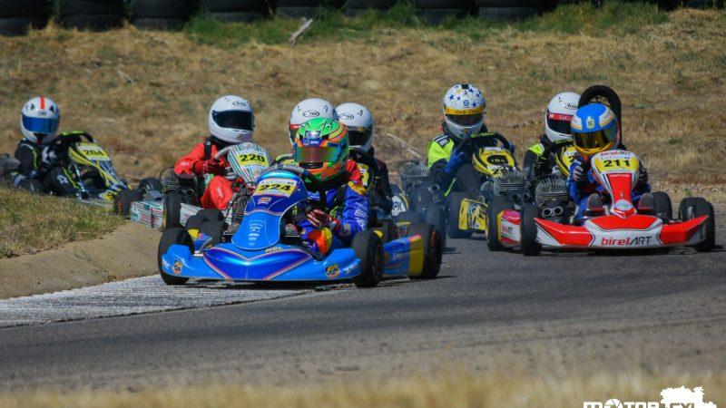 Calurosa vuelta del Campeonato de Karting en El Silvar