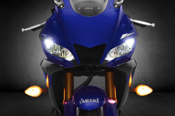 Nova Yamaha R3 2019 Farol em LED