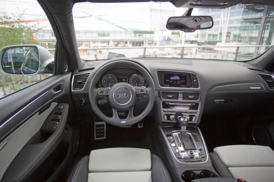 Audi SQ5 Interieur Cockpit