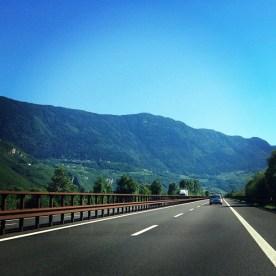 __Alpen_im_R_ckspiegel___Cappuccino___Sonne
