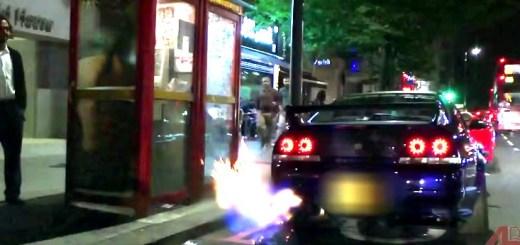 FLAMING-Nissan-Skyline-GTR-in-central-London