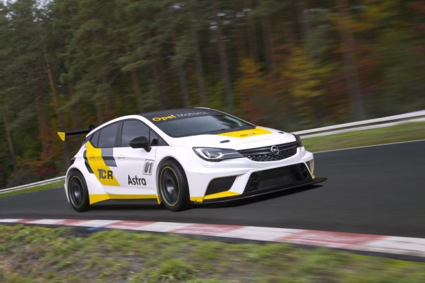 Opel-Astra-TCR-297891[1]