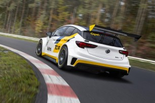Opel-Astra-TCR-298090[1]