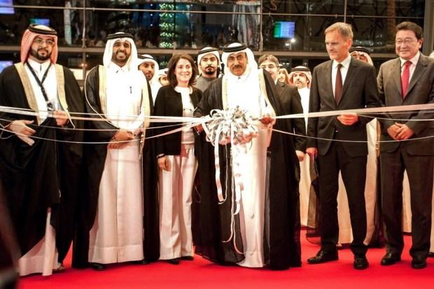 Il taglio del nastro da parte di Sheikh Abdullah bin Nasser bin Khalifa Al Thani