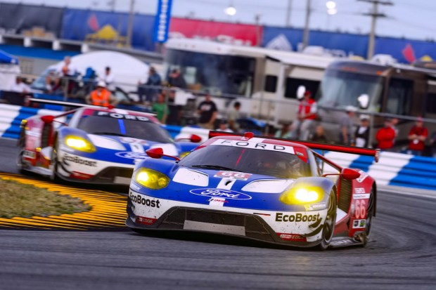 FORD_GT_racing[1]