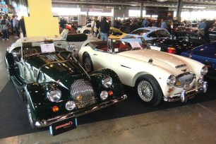 Morgan Plus4, Austin Healey 3000 MkIII