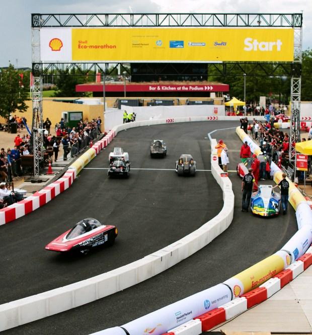 F1 SEM 2016