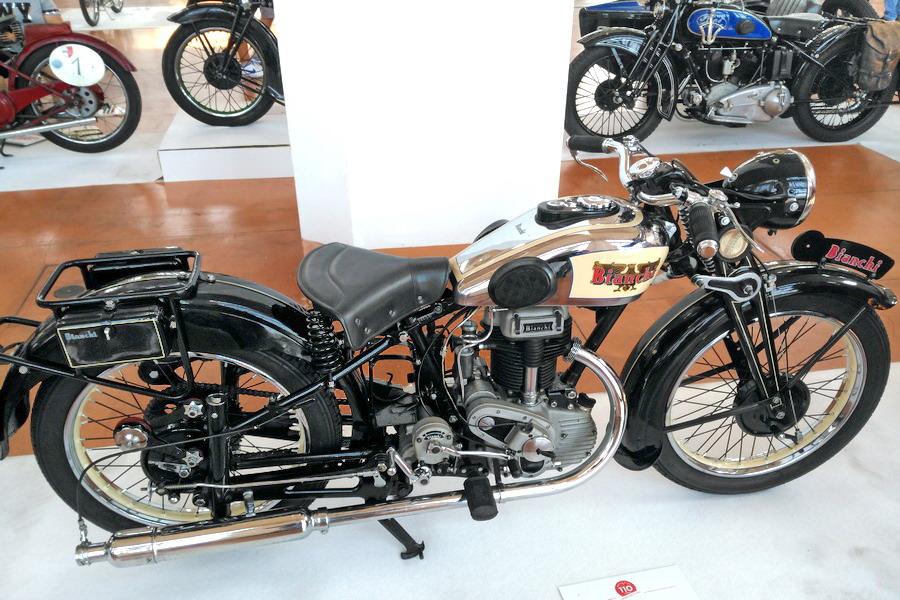 17_Bianchi-Dolomiti-250_Moto-100-anni-di-storia Moto Club Trieste, 110 anni di storia