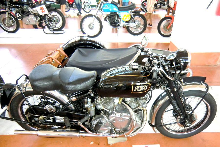 46_vincent-hrd-rapide-b-1000_moto-100-anni-di-storia