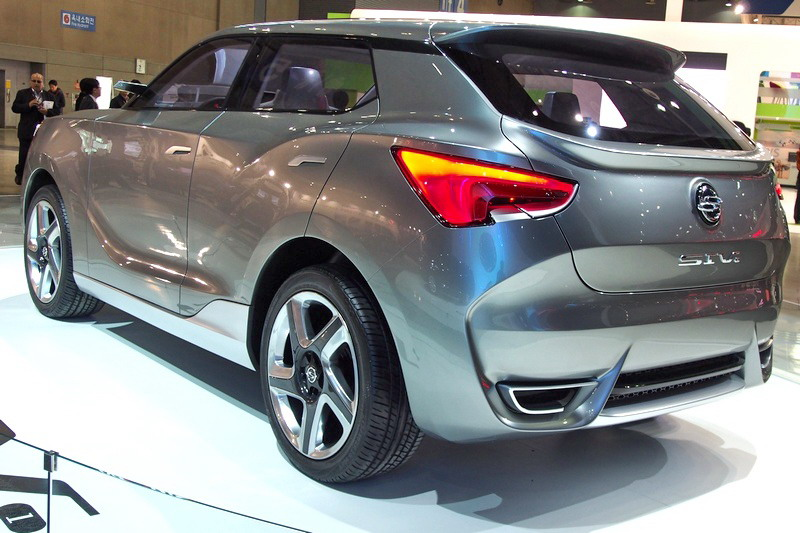 Motori360.it-Ssangyong Rexton G4-06-SIV-1 concept 2013