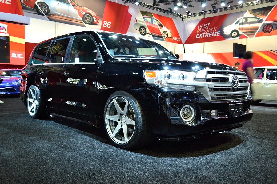 Motori360.it-Toyota LandFastCruiser-02