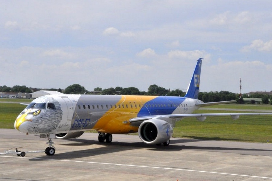 Motori360.it-Paris Air Show 2017-13-Embraer E195-E2