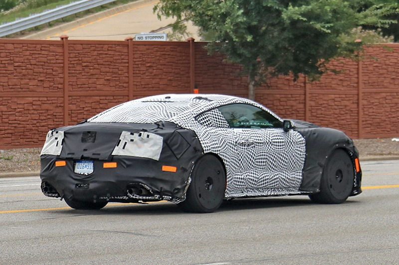 Motori360.it-Ford Mustang 2018-11-Shelby GT350-'19