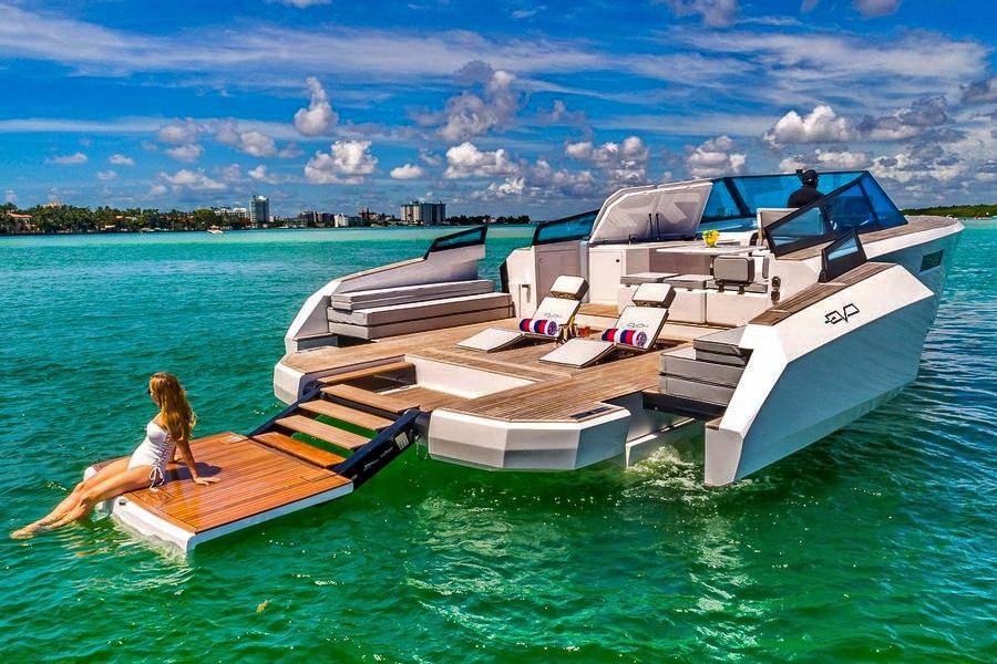 Motori360.it-Evo Yacht-10