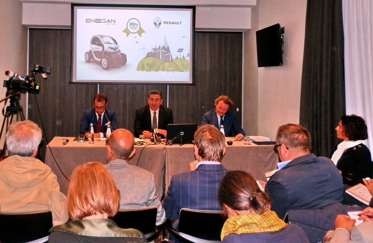 Renault, otto modelli elettrici entro il 2022