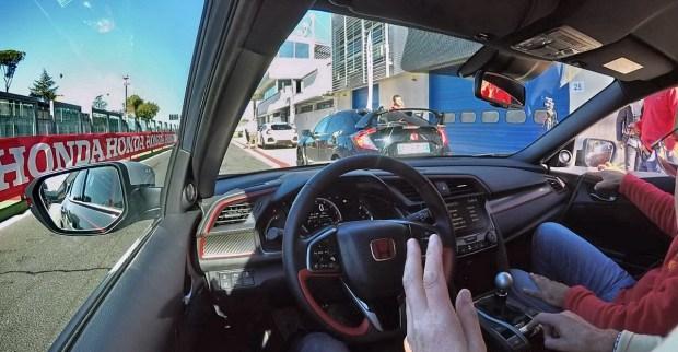 Motori360_Civic-TypeR-Vallelunga-record-Notaro1
