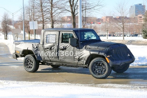 Motori360-Jeep-Scrambler-'19-01