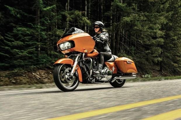 Motori360-Harley_Davidson_Road_Glide