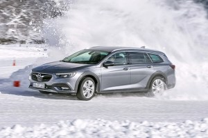 Motori360-Opel-Insignia-Country-Tourer (4)