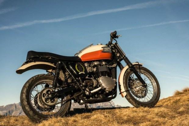 Motori360-Triumph-Bonneville-Brad-Pitt