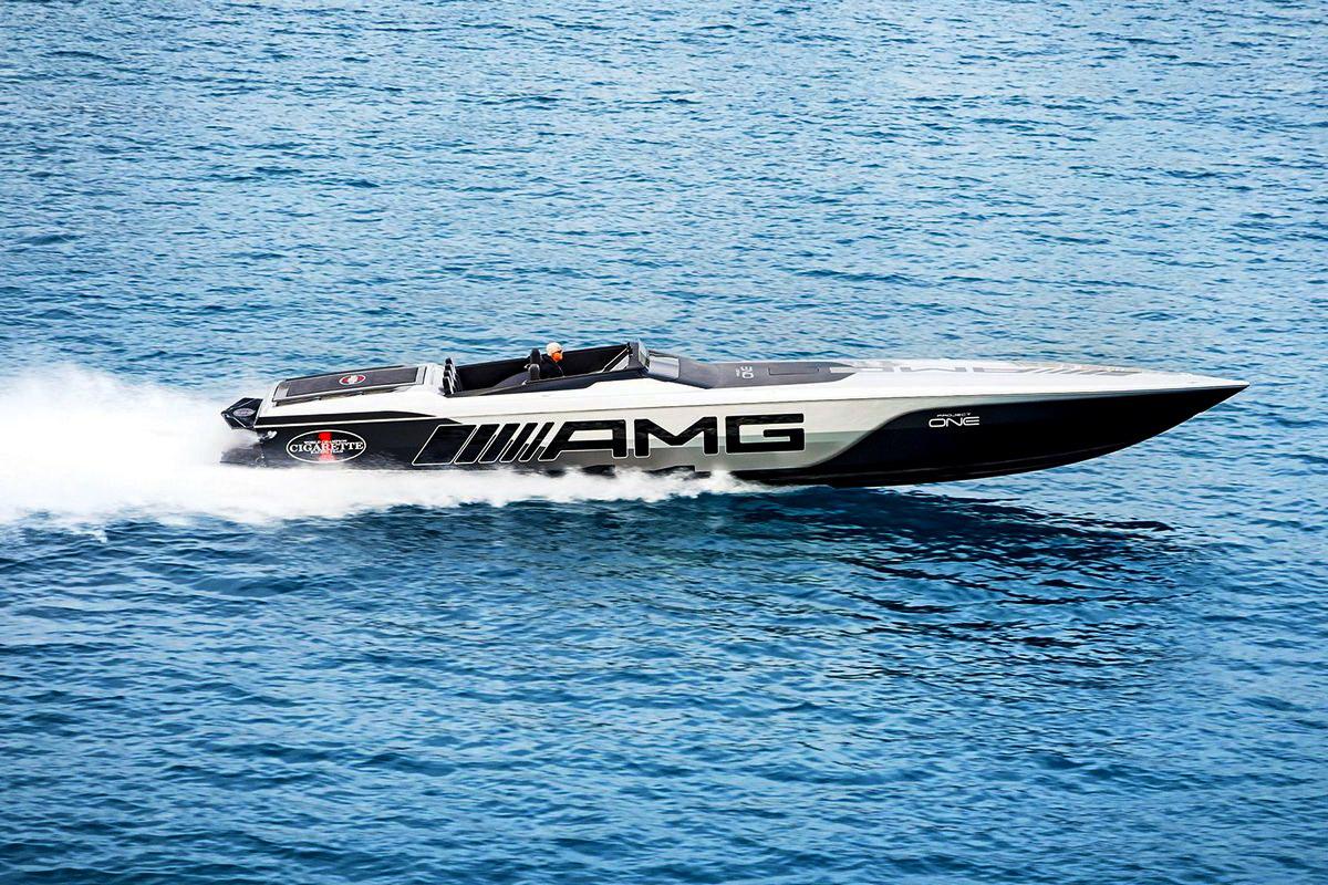 motori360-Cigarette-MercedesAMG-515-ProjectOne-09