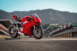 Motori360-Ducati-V4-620x400