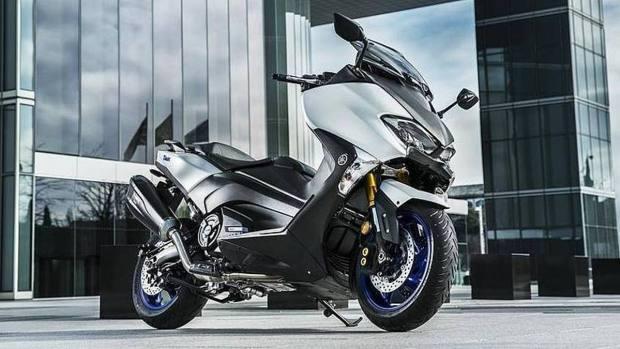 Motori360-Yamaha-TMaxSXSport_Edition4