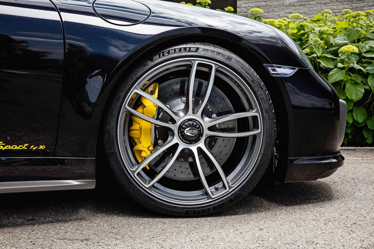 Motori360-TechArt-911Turbo-S-1of30-10