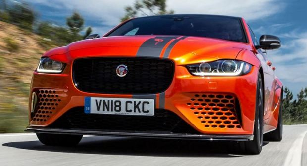 Motori360--Jaguar-XE-SV-Project-8-2