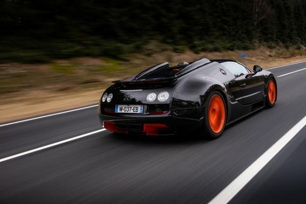 bugatti-veyron-164-grand-sport-vitesse-wrc-edition-veloce-del-mondo-1