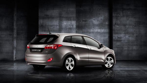 nuova-hyundai-i30-wagon-5