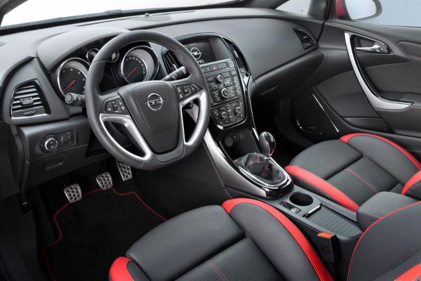 opel-astra-restyling-2
