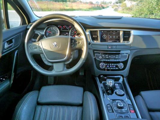 peugeot-508-rxh-interior-8