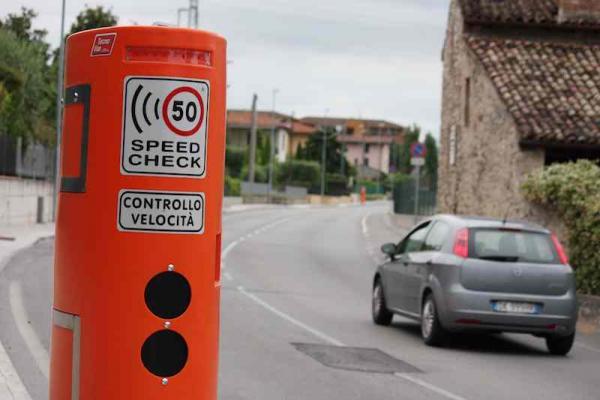 Speed Check installati in località Grezze a Desenzano del Garda