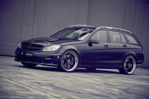 Kicherer Mercedes-Benz C63 T Supersport