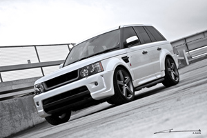 A. Kahn Design Cosworth RS300 Range Rover
