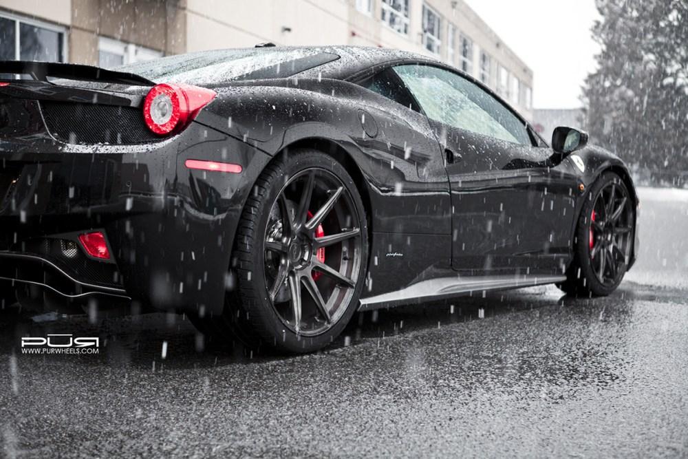 Ferrari 458 Italia with PUR RS03 Wheels