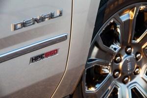 Hennessey Performanc e HPE650 GMC Yukon