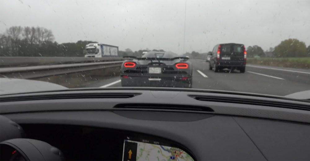 Koenigsegg Agera R vs Porsche 918 Spyder Autobahn