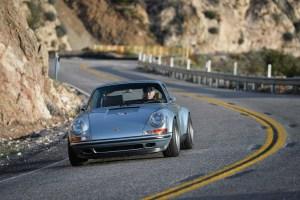 Singer Porsche 911 Carrera 2 Virginia  (23)