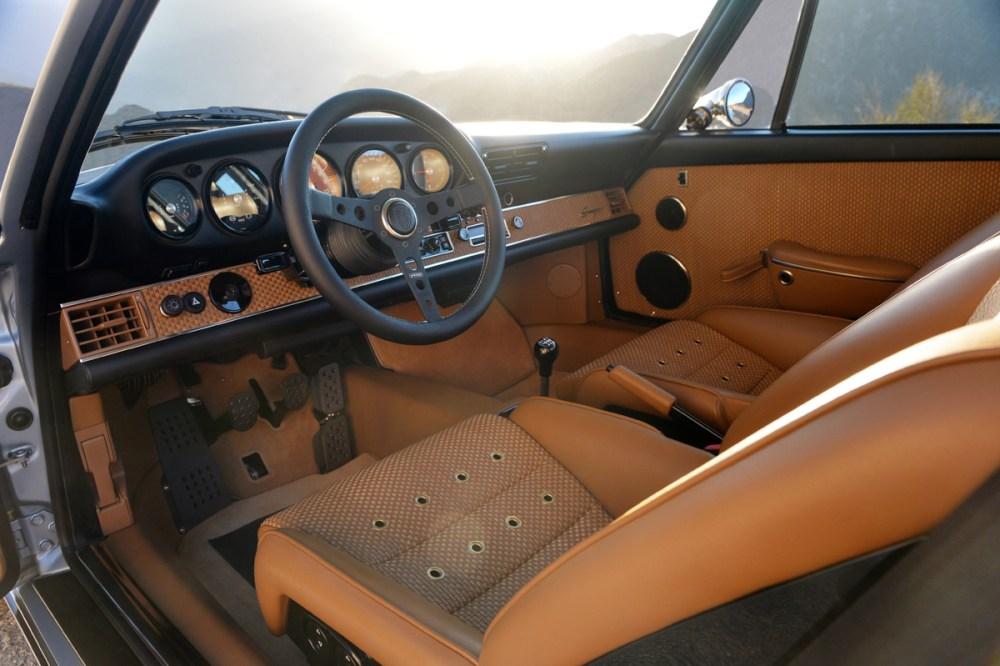 Singer Porsche 911 Carrera 2 Virginia  (68)