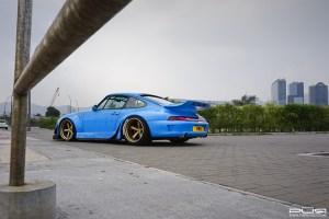 RWB 993 Porsche 911 with PUR LG07 Wheels