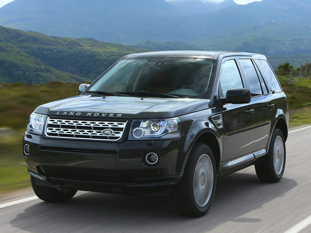 2015-Land-Rover-LR2-SUV-Base-4dr-4x4-Photo