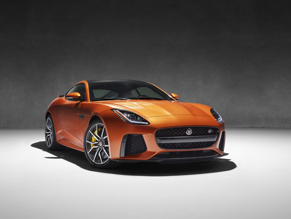Jaguar F-Type SVR (40)