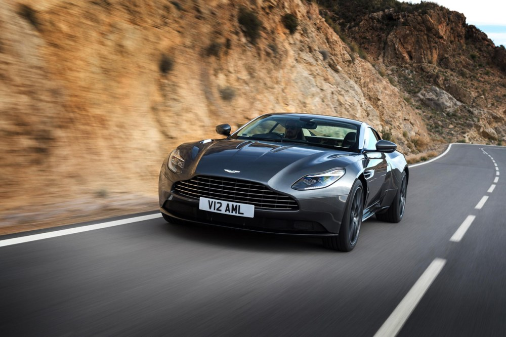 2017 Aston Martin DB11 (16)