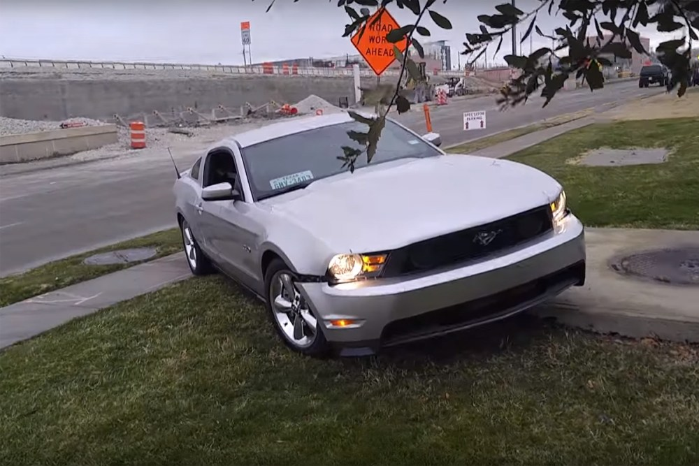 Friday FAIL Mustang Crash (Again)