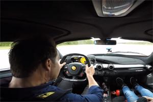 Ferrari LaFerrari Accleration