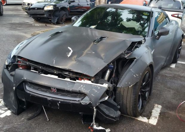 Friday FAIL: Nissan GT-R Hits Toyota While Showing Off