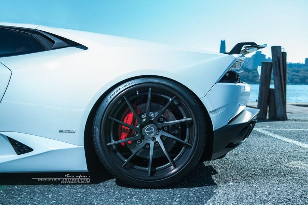 Lamborghini Huracan LP 610-4 with Brixton Forged R10D Targa Series wheels by Status Motoring